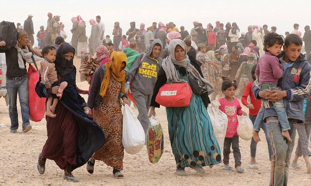 syrian refugees stuck between Jordan and Syria border